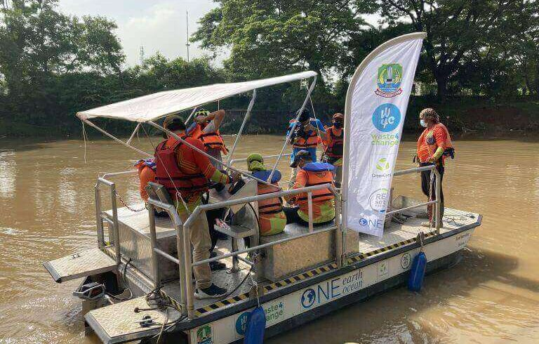Bekasi City Government & Waste4Change Inaugurate the First Release of SeeHamster (Bekasi River-Cleaning Boat) with Bekasi River Cleanup Project (BRIC) with partners One Earth One Ocean e.V. and Schwarz Group