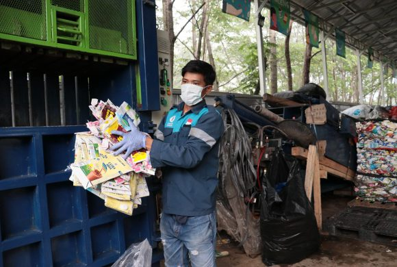 Consumers Rights: Know How Waste4Change Recycles Waste